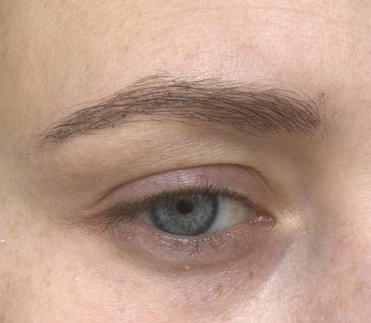 Augenbrauen mit Pixi Endless Brow Gel Pen, Farbe: Deep