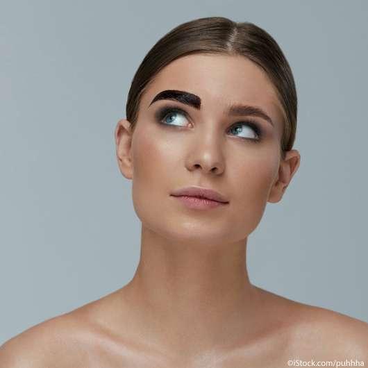 Augenbrauen selbst färben – das solltet ihr beachten