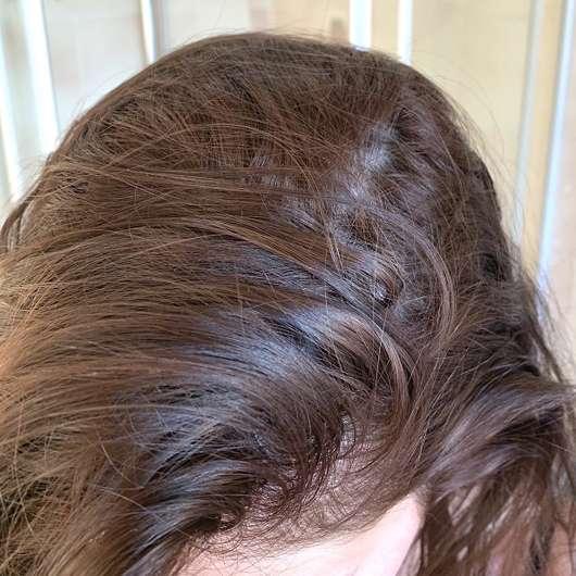 Haare vor der Anwendung des Balea Trockenshampoo Fruity Dreams
