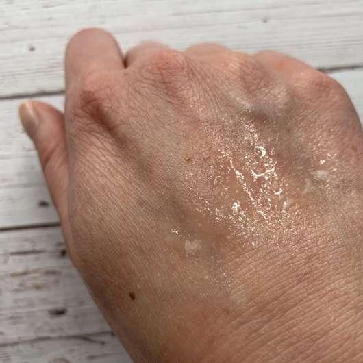 NYX Multitasking Spray Bare With Me - Konsistenz