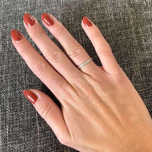 lackierte Nägel mit trend IT UP Quick Dry Nail Polish, Farbe: 075