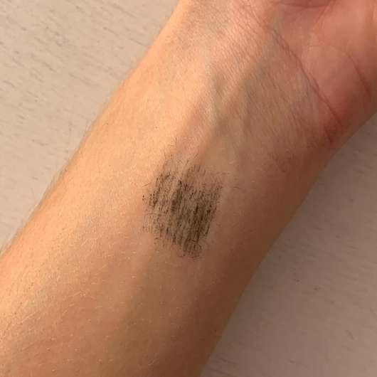 Catrice Glam & Doll Curl & Volume Mascara, Farbe: 010 Black - Swatch