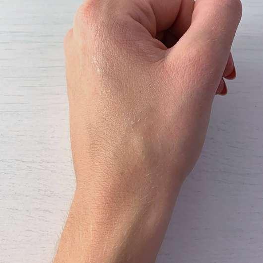 NIVEA fresh summer Deodorant Roll-On (LE) - Konsistenz