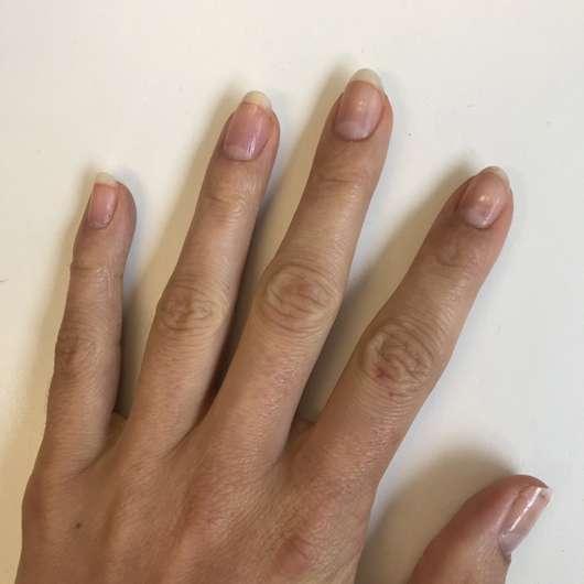 Fingernägel mit ANNY So Pure 97% Natural Base Coat
