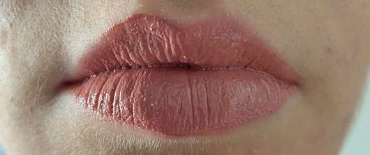 Lippen mit Bell HYPOAllergenic Fresh Glow Lipgloss, Farbe: 01 Nude (LE)