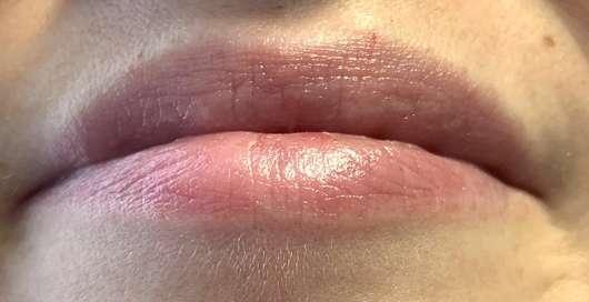 "Lippen mit DIONIS Goat Milk Lip Balm ""Peppermint"""