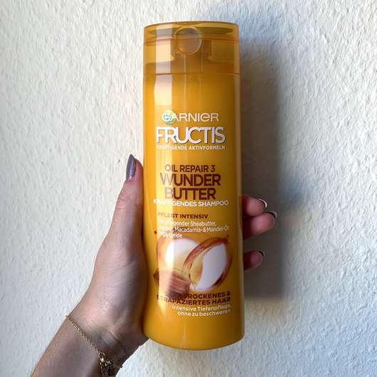 <strong>Garnier Fructis</strong> Oil Repair 3 Wunderbutter Kräftigendes Shampoo