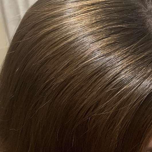 Haare nach der Anwendung - Balea 2in1 Trockenshampoo & Volumenpuder