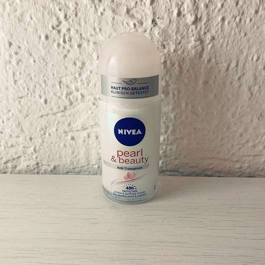 <strong>NIVEA</strong> Anti-Transpirant Pearl & Beauty 48h Roll-On