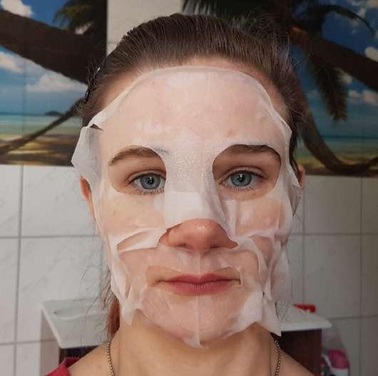 Gesicht mit The Beauty Mask Company Tuchmaske Beruhigung & Entspannung