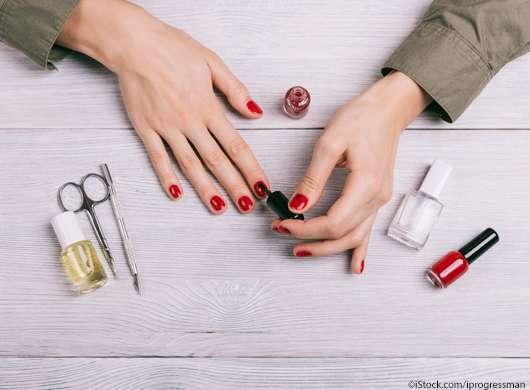 4 geniale Nagellacktricks, die ihr kennen solltet