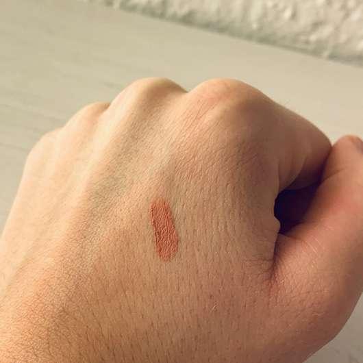 IsaDora Velvet Comfort Liquid Lipstick, Farbe: 50 Nude Blush - Swatch