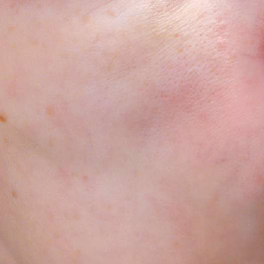 BIO:VÉGANE Bio Hanf 24H Pflege - Haut zu Testbeginn