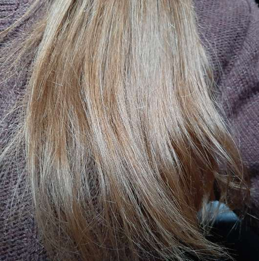 Haare zu Testbeginn der cosnature Naturkosmetik Repair-Haarmaske Avocado & Mandel
