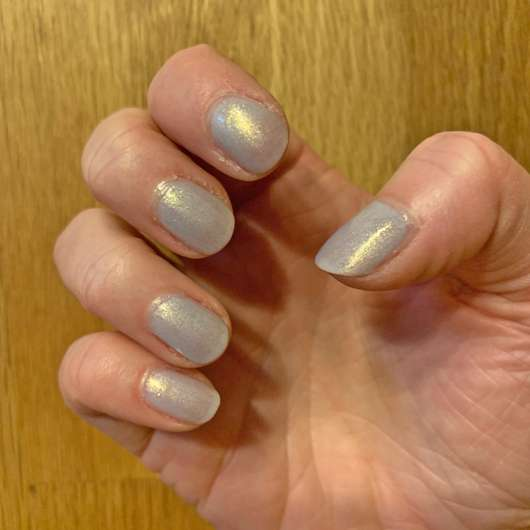 essie Nagellack, Farbe: 741 love at frost sight