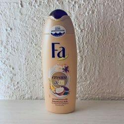Produktbild zu Fa Cream & Oil Duschcreme mit Kokosnuss-Öl und Kakaobutter-Duft