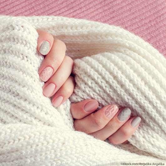 Knitted Nails sorgen für Kuschelfeeling auf den Nägeln