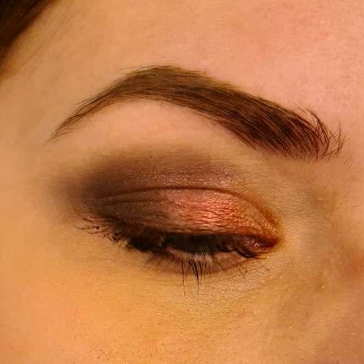 Sleek Makeup i-Divine Eyeshadow Palette, Farbe: Making Waves - frisch aufgetragen