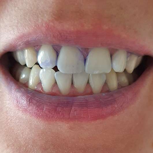 Mara expert Plaque Checker Zahncreme - aufgetragen