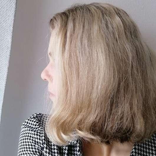 Ovis Festes Shampoo Morgentau - Haare vor dem Test