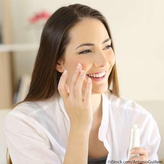 Cremige Make-up Produkte richtig auftragen