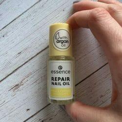 """Produktbild zu essence Repair Nail Oil """"Nails & Cuticles Nourisher"""""""