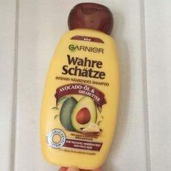 Produktbild zu Garnier Wahre Schätze Intensiv Nährendes Shampoo Avocado-Öl & Sheabutter