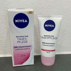 Produktbild zu NIVEA Reichhaltige Tagespflege (trockene Haut)