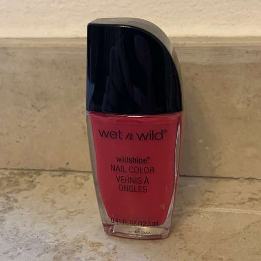 wet n wild Wild Shine Nail Color, Farbe: Red Red