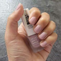 Produktbild zu IsaDora Velvet Matt Nails – Farbe: 204 Lavender Vibe
