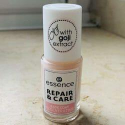 Produktbild zu essence Repair & Care Base Coat Regenerating