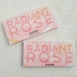 Produktbild zu AVON Radiant Rose 10-in-1 Lidschatten-Palette (LE)