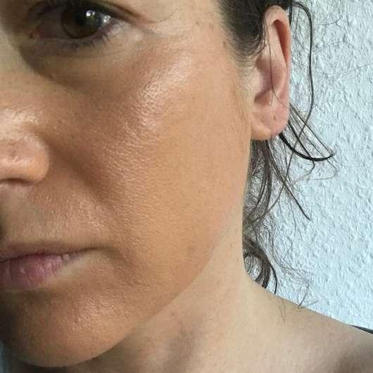 Haut mit Pixi Beauty Balm, Farbe: 03 Warm