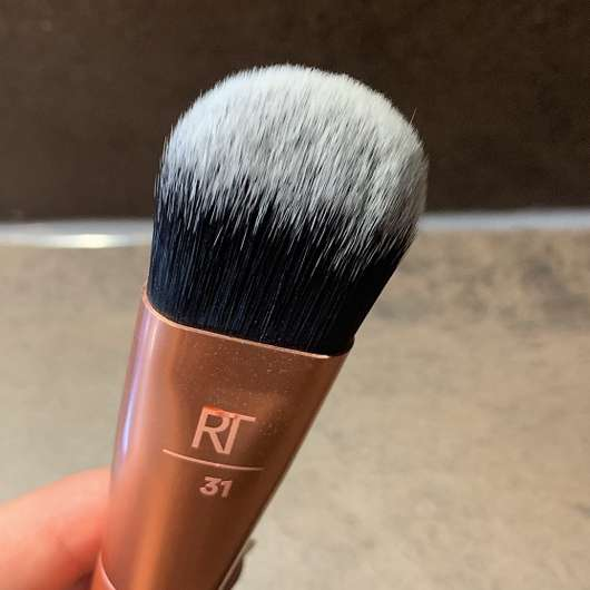 Real Techniques Cover & Conceal RT 231 + 232