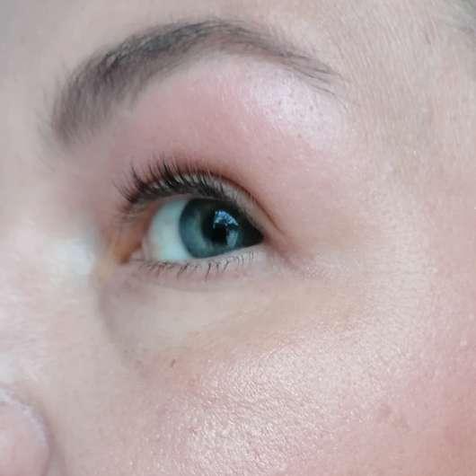 Auge mit Pixi Cheeks Nuance Quartette Blush Quad, Farbe: Sugar Blossom