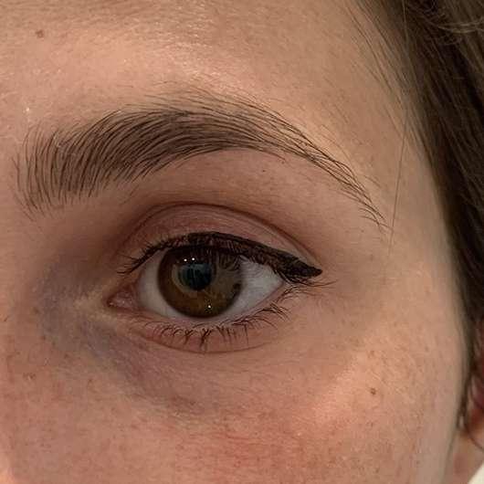 Auge ohne MANHATTAN Eyemazing Volume On Demand Mascara, Farbe: Black