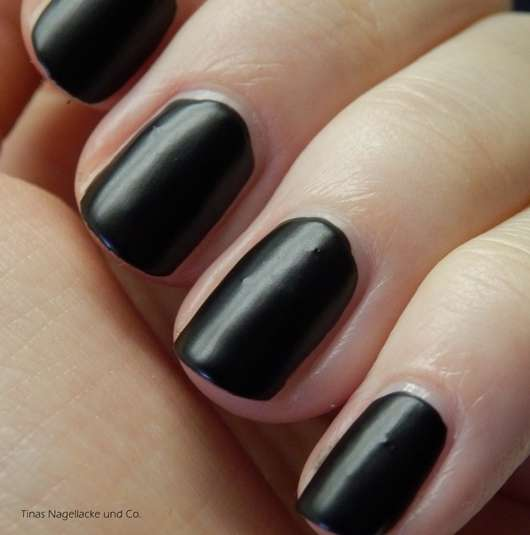 essence effect nail polish, Farbe: 32 the black cat